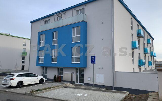 foto Nový byt 2+kk, 68,4 m2, balkon, garážové stání asklep, Jesenice, Praha – západ, ulice Cedrová