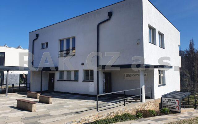 foto Nebytový prostor, ordinace, 45,3 m2, Praha 5 – Řeporyje, ul. Ke zdravotnímu středisku