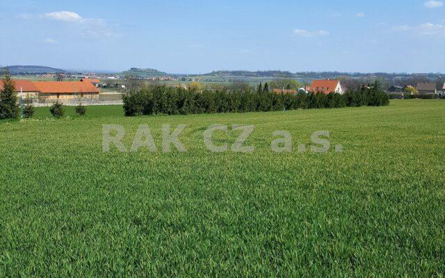 foto Pozemek kvýstavbě domu seniorů, 25.306 m2, obec Vykáň, okr. Nymburk