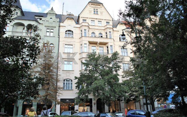 foto Atypický, mezonetový byt 3+kk – 109,6 m2 + lodžie, Praha 1 – Josefov, Pařížská ulice