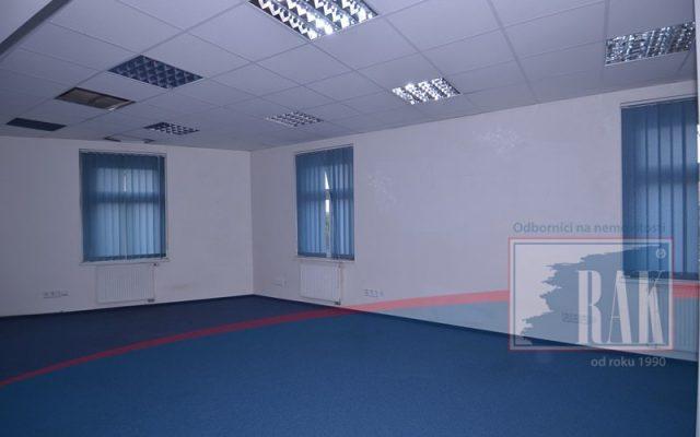 foto Kancelářský prostor, 140 m2 Praha – Vysočany, ul. Pod Pekárnami