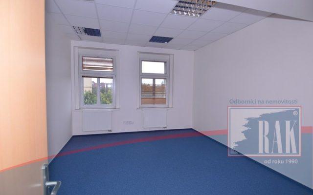 foto Kancelářský prostor, 205 m2, ul. Jandova, Praha – Vysočany