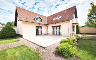 foto Nadstandardní RD 6+1, 300 m2, 2x garáž, samostatný multifunkční objekt 130 m2, pozemek 1.570 m2, Praha 9 – Újezd nad Lesy