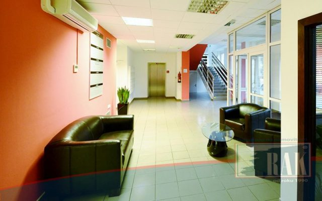 foto Kancelářský prostor, 21 m2 Praha – Hloubětín, ul. U Elektry
