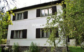 foto Prostorný RD 4+1 s terasou a vedlejší stavbou, užitná plocha 110 m2, pozemek 999 m2, obec Stříbrná Skalice, okr. Praha – východ