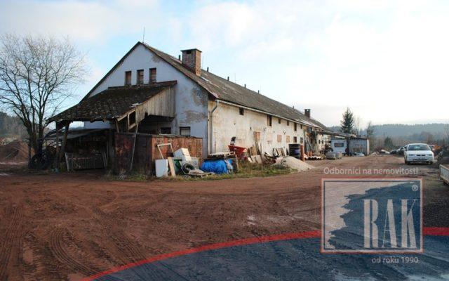 foto Zemědělská stavba využívaná ke skladování, obec Trutnov