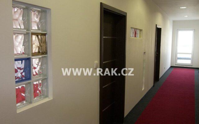 foto Obchodní prostor 106 m2 askladovací prostor 45,1 m2, Praha – Chodov, ul. Jana Růžičky