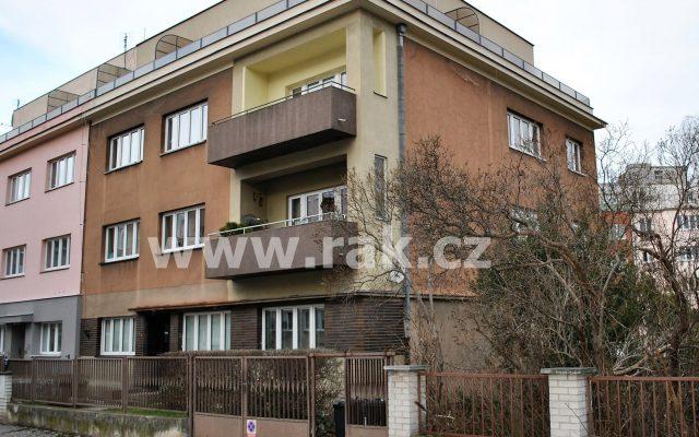 foto Prostorný byt 2+1+balkon, 72 m2, pocelkové rekonstrukci, Praha 6-Střešovice, ul. Hládkov