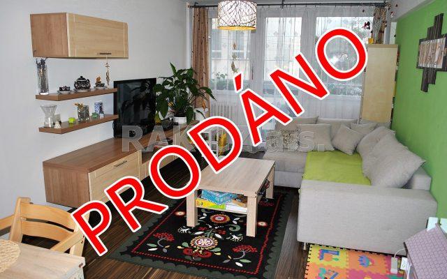 foto Prostorný byt 2+kk, 2x zasklená lodžie, 63 m2, Čelákovice, Praha-východ