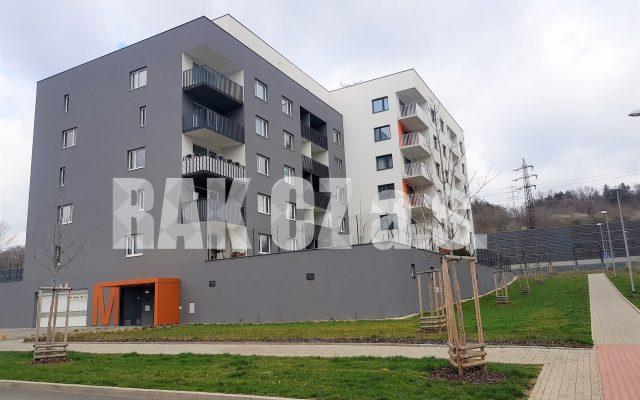foto Světlý byt 1+kk slodžií, 36,7 m2, novostavba – cihlový dům, Praha 9 – Vysočany, ulice Strnadových