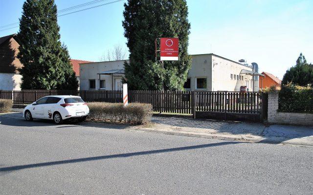 foto Multifunkční komerční objekt, 320 m2, pozemek 1.235 m2, Mělník – Horní Beřkovice, okr. Litoměřice