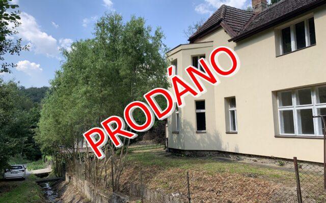 foto Dvojgenerační RD 6+2, 201 m2, pozemek 1.423 m2, Měchenice, Praha – západ
