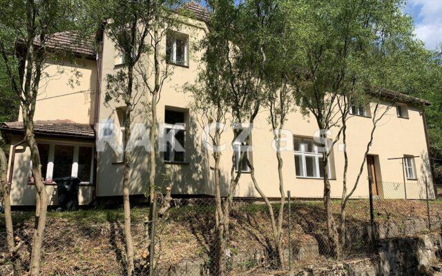 foto Dvojgenerační chalupa 6+2, 201 m2, pozemek 1.423 m2, Měchenice, Praha – západ