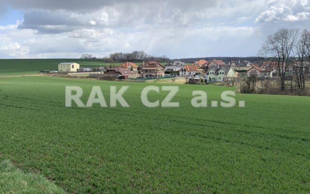foto Pozemek kvýstavbě rodinných domů, 12.175 m2, obec Klecany, Praha – východ