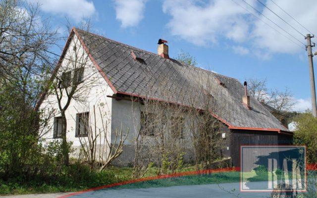 foto Rodinný dům se zahradou, Huntířov