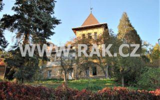 foto Prvorepubliková vila 7+1, 200 m2, s terasou a verandou, pozemek 2.000 m2, Praha 5 – Radotín, ul. Prvomájová