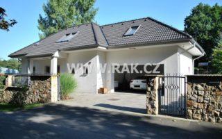 foto Výjimečný RD 5+kk, 180 m2, s garáží, bazénem a pergolou, pozemek 901 m2, Teplice – Novosedlice, ul. K Dolinám