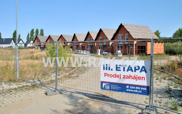 foto Novostavba zděného ŘRD 4+kk s garáží, 122 m2, pozemek 291 m2, obec Býkev – okres Mělník