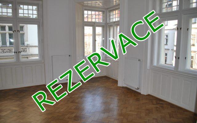 foto Světlý, prostorný byt 2+kk sbalkonem, 82,1 m2, Praha 1 – Staré Město, ulice Pařížská